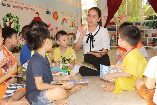 Đề xuất dạy tiếng Anh cho trẻ mẫu giáo: Nỗi lo nở rộ liên kết đào tạo - Ảnh 1