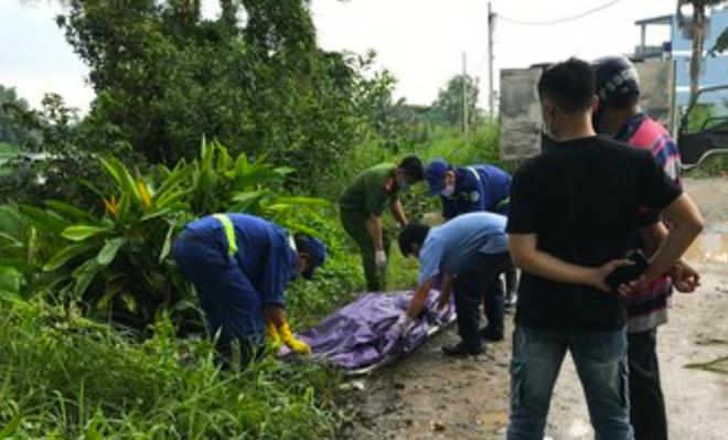 Phát hiện thi thể phụ nữ đang phân hủy trên sông: Sợi dây dù cuốn quanh cổ nạn nhân - Ảnh 2