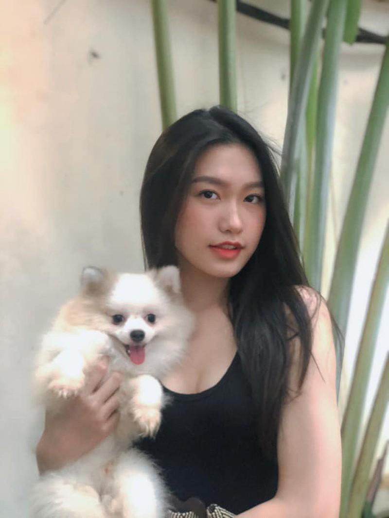 """Người đẹp có """"vòng eo nhỏ nhất"""" Hoa hậu Việt Nam lộ ảnh photoshop quá đà gây choáng - Ảnh 3"""