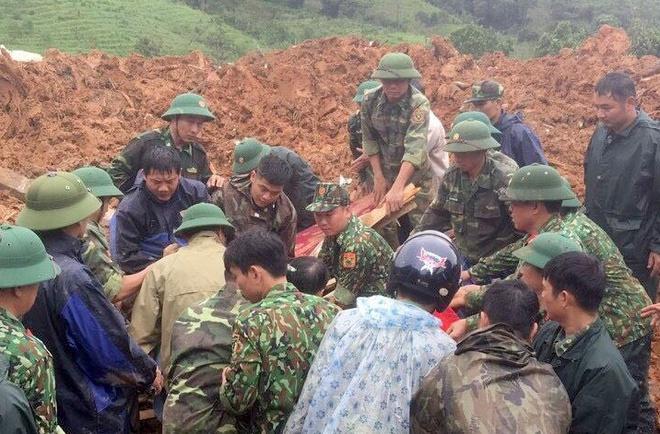Vụ sạt lở núi ở Đoàn Kinh tế Quốc phòng 337 tại Quảng Trị: Tìm thấy 8 thi thể - Ảnh 1