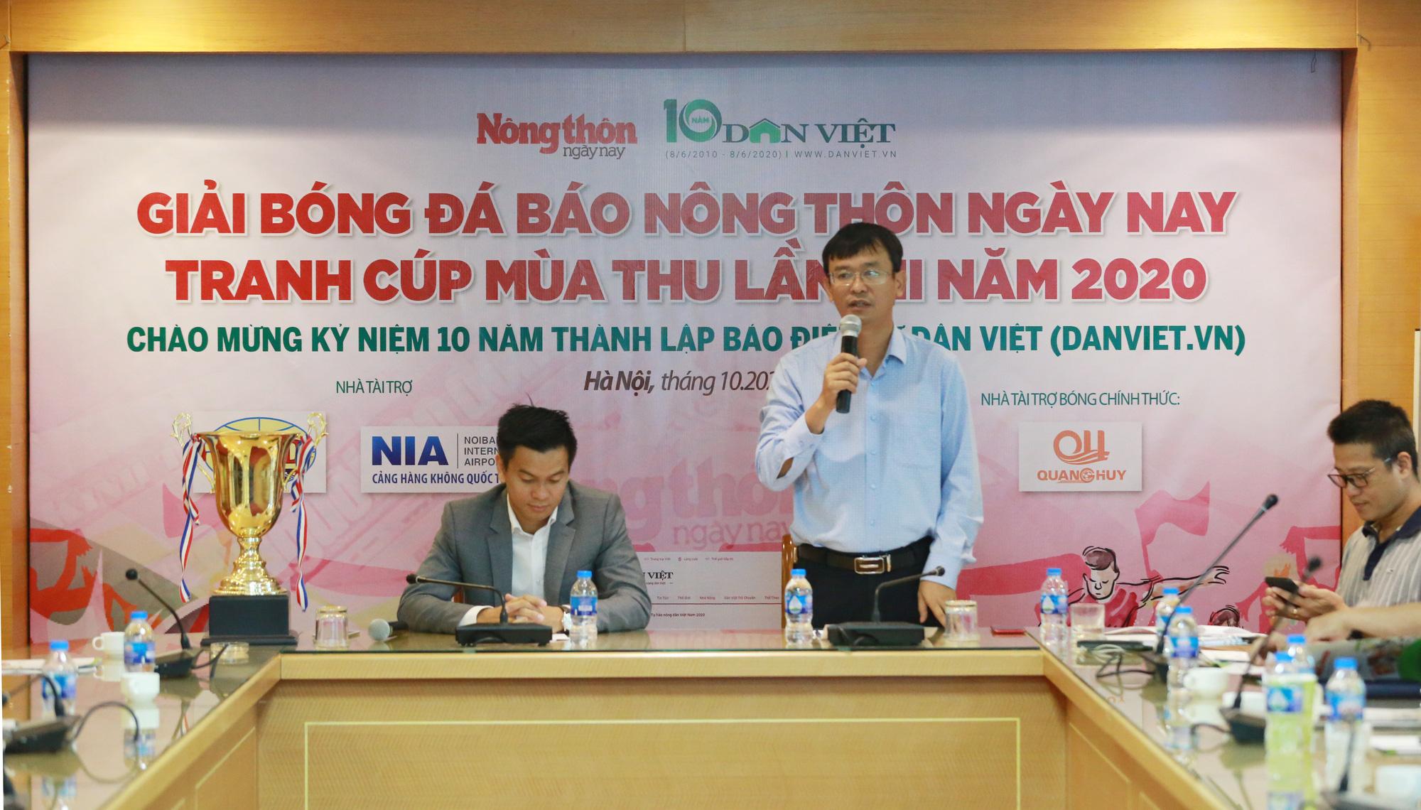 Giải bóng đá NTNN/Dân Việt lần thứ 12: Hướng về miền Trung lũ lụt - Ảnh 1
