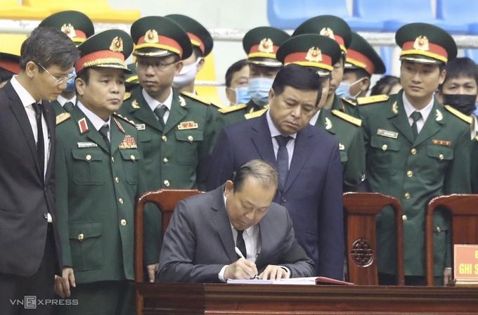 Hàng nghìn người viếng 22 quân nhân Đoàn 337 hy sinh trong trận sạt lở ở Quảng Trị - Ảnh 6