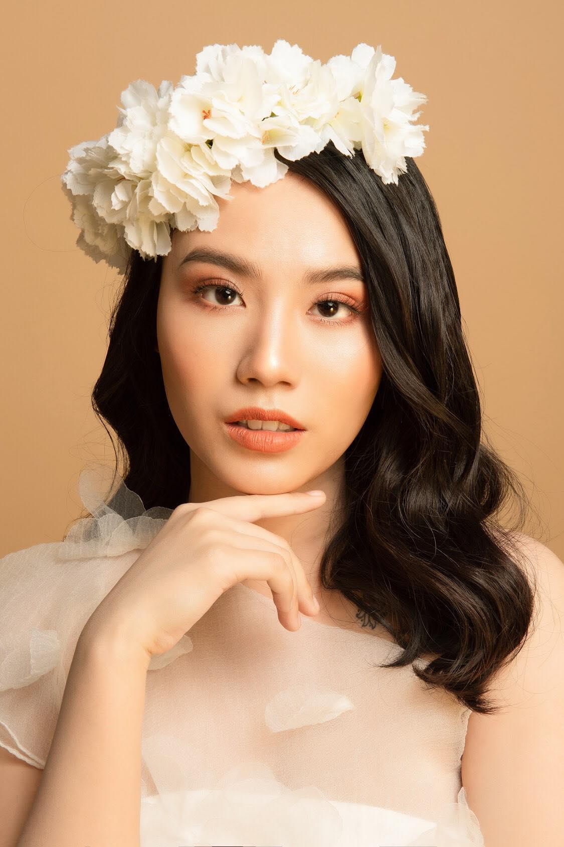 """""""Hot girl nóng bỏng"""" Linh Miu khoe thế mạnh chinh phục nam người mẫu điển trai 1m85 - Ảnh 2"""