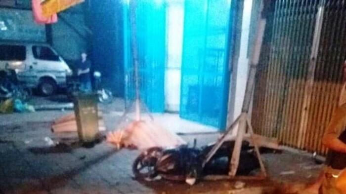 Tin tai nạn giao thông mới nhất ngày 11/11: 3 thanh niên tử vong bên đường - Ảnh 1