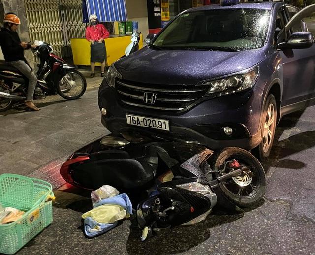 Vụ xe máy chở bà bầu đi sinh bị ôtô kéo lê 500 mét: Nữ tài xế gây tai nạn là ai? - Ảnh 1