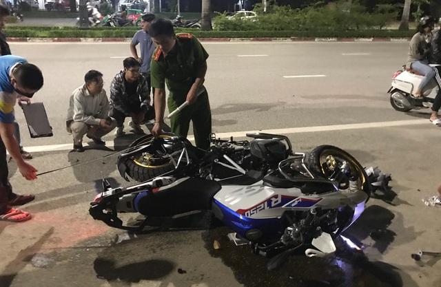 """""""Siêu mô tô"""" BMW tông xe máy trên đại lộ, 1 người tử vong - Ảnh 1"""