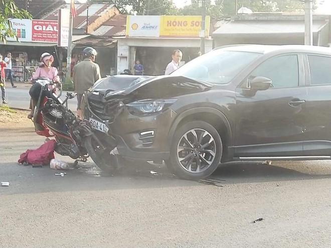 Vụ nữ sinh 16 tuổi tử vong sau tai nạn: Xe máy bị kéo lê hơn 10 mét - Ảnh 1