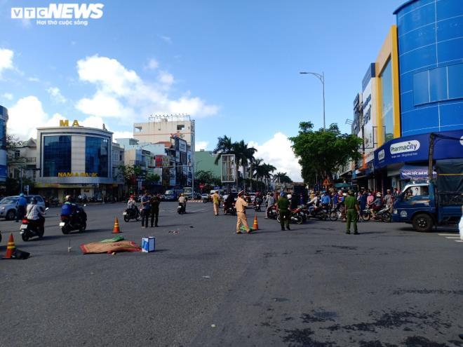 Tin tức tai nạn giao thông ngày 1/12: Tài xế ôtô tông chết 2 cha con ra trình diện - Ảnh 2