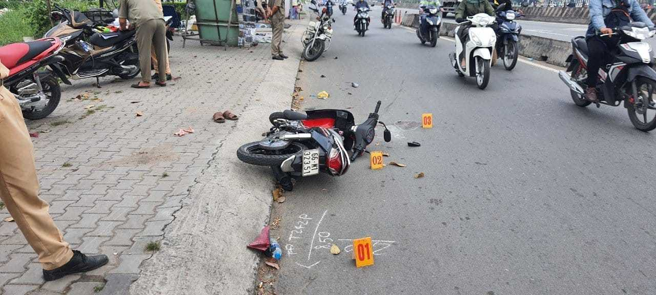 Vụ vợ gãy tay, chồng chấn thương đầu vì bị cướp: Trích xuất camera truy vết hung thủ - Ảnh 1