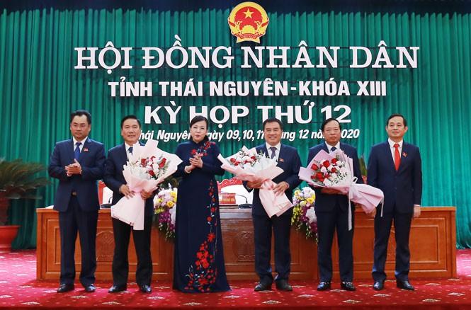 Chân dung cán bộ 7X vừa được bầu làm Chủ tịch UBND tỉnh Thái Nguyên - Ảnh 1
