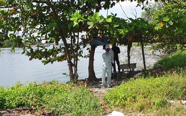 Vụ thi thể phụ nữ không nguyên vẹn trên sông: Nạn nhân không mặc áo ngoài - Ảnh 1