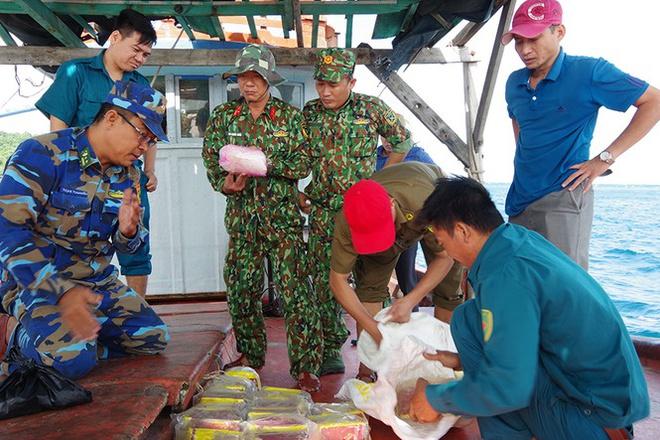 Bí ẩn 20 kg ma tuý trôi dạt gần quần đảo Thổ Chu - Ảnh 1