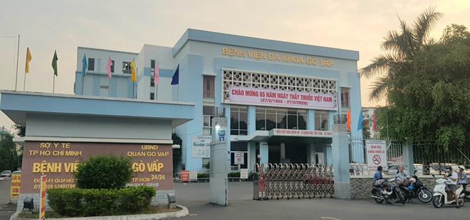 Thông tin mới vụ Giám đốc Bệnh viện quận Gò Vấp bị tố gom khẩu trang - Ảnh 1