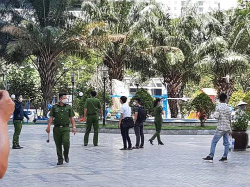 Vụ tiến sĩ Bùi Quang Tín tử vong: Cảnh sát kiểm tra lại hiện trường, vị trí tổ chức ăn nhậu - Ảnh 1