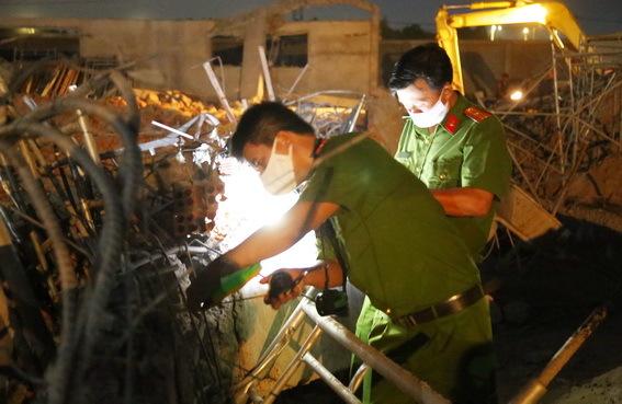 """Vụ sập tường 10 người chết ở Đồng Nai: """"Mẹ không sao là con vui rồi..."""" - Ảnh 2"""