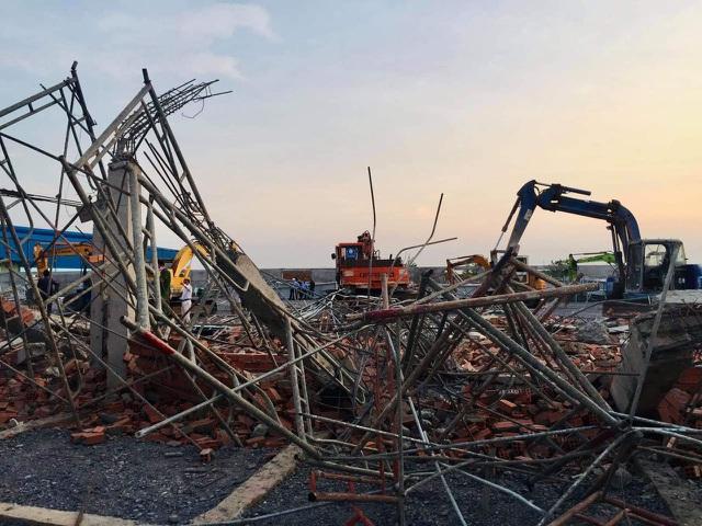 """Vụ sập tường 10 người chết """"nghi do dông lốc"""": Giám đốc Đài khí tượng thủy văn Đồng Nai nói gì? - Ảnh 1"""