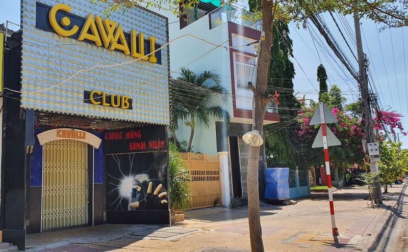 Truy sát kinh hoàng trong quán bar Cavalli, nam thanh niên tử vong - Ảnh 1