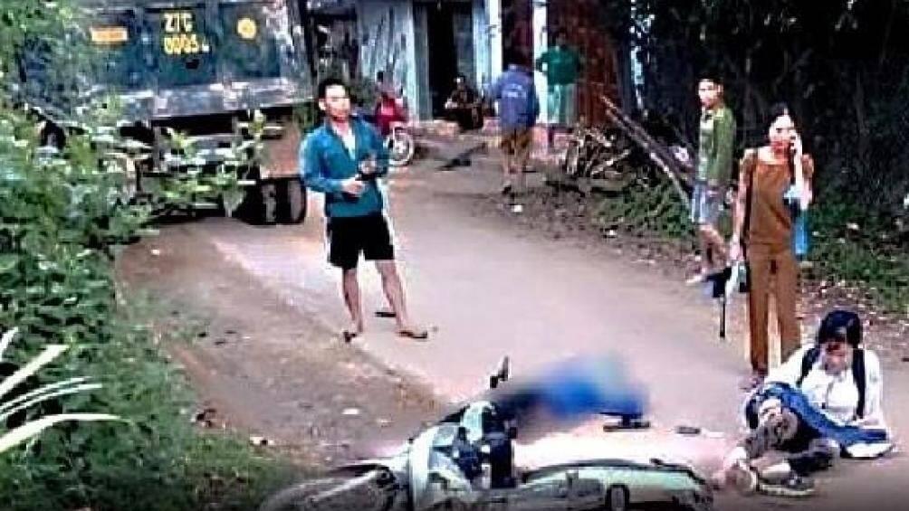 Tin tai nạn giao thông mới nhất ngày 31/5/2020: 2 nữ sinh gặp nạn trên đường đến trường, 1 người tử vong - Ảnh 1