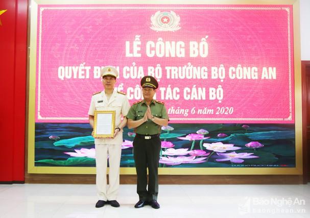 Bổ nhiệm Đại tá Đặng Hồng Đức giữ chức vụ Giám đốc Công an Yên Bái - Ảnh 2