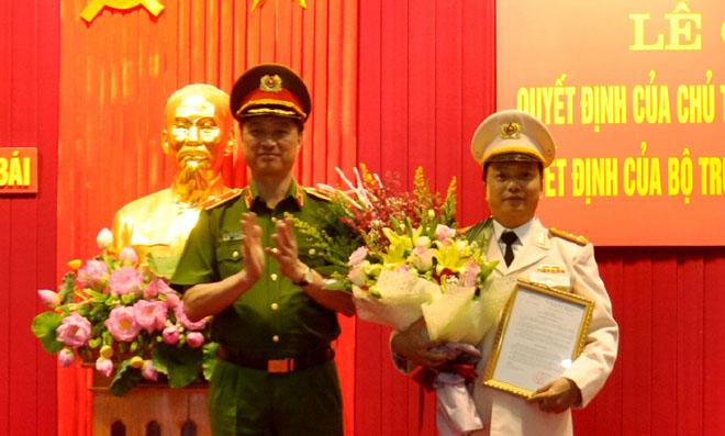 Bổ nhiệm Đại tá Đặng Hồng Đức giữ chức vụ Giám đốc Công an Yên Bái - Ảnh 1