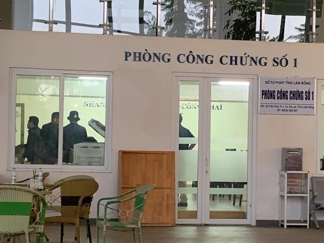 Vì sao vợ Giám đốc sở Tư pháp Lâm Đồng bị bắt? - Ảnh 1