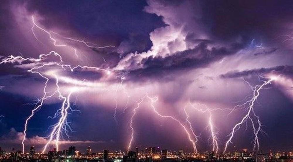 Dự báo thời tiết mới nhất hôm nay 2/7: Cảnh báo lốc, sét, mưa đá ở Bắc Bộ - Ảnh 1