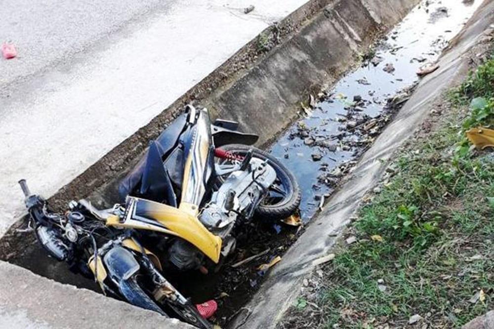 Tin tai nạn giao thông mới nhất ngày 17/7/2020: Người đàn ông tử vong thương tâm sau va chạm với container - Ảnh 2