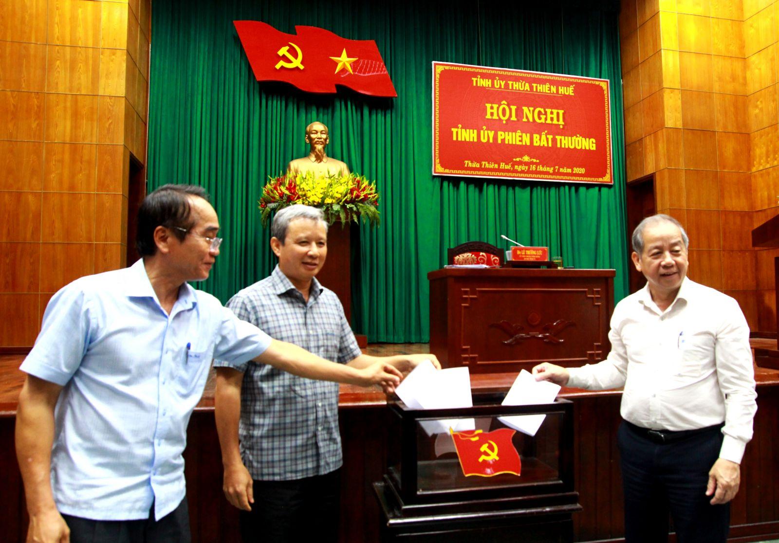 Giám đốc Công an tỉnh Thừa Thiên - Huế được bầu làm Phó Bí thư Tỉnh uỷ - Ảnh 1