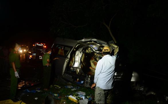 Vụ tai nạn 8 người chết ở Bình Thuận: Tiếc thương cặp đôi trẻ tử vong trên tay còn đeo nhẫn đính hôn - Ảnh 1