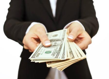 Từ tháng 4/2020, công ty chậm trả lương cho nhân viên bị phạt tới 100 triệu đồng - Ảnh 1