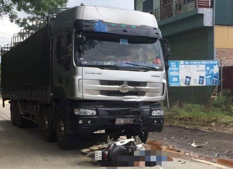 Tin tai nạn giao thông mới nhất ngày 5/7: Nữ công nhân chết thảm dưới gầm xe khách - Ảnh 2