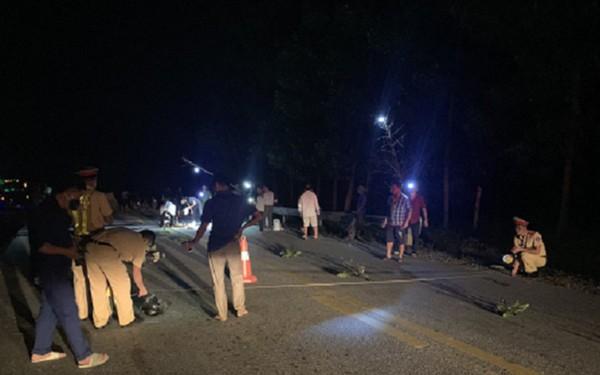 Tin tai nạn giao thông mới nhất ngày 11/8/2020: Tài xế xe đầu kéo cán chết người rồi bỏ chạy gây phẫn nộ - Ảnh 1