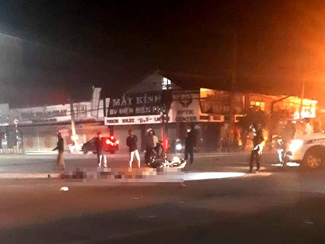 Tin tai nạn giao thông mới nhất ngày 17/8/2020: Truy tìm xe đầu kéo tông chết đôi nam nữ ở Đồng Nai - Ảnh 1