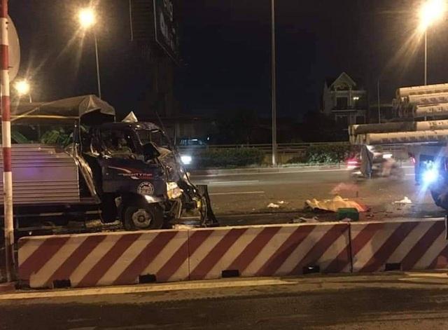 Tin tai nạn giao thông mới nhất ngày 19/8/2020: Ra đường mời khách vào quán cơm, bé trai 13 tuổi bị xe tải tông tử vong - Ảnh 1