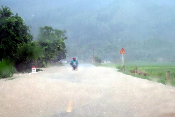 Tin tức dự báo thời tiết mới nhất hôm nay 25/8: Vùng núi Bắc Bộ mưa to, Trung Bộ nắng nóng - Ảnh 1