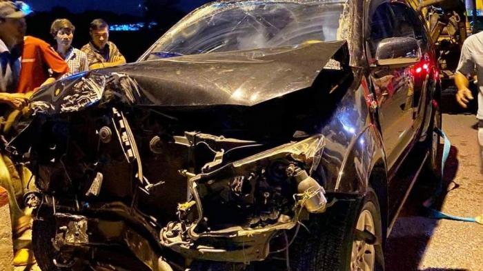 Tin tai nạn giao thông mới nhất ngày 31/8/2020: Ô tô tải tông xe đầu kéo, tài xế tử vong trong cabin - Ảnh 2