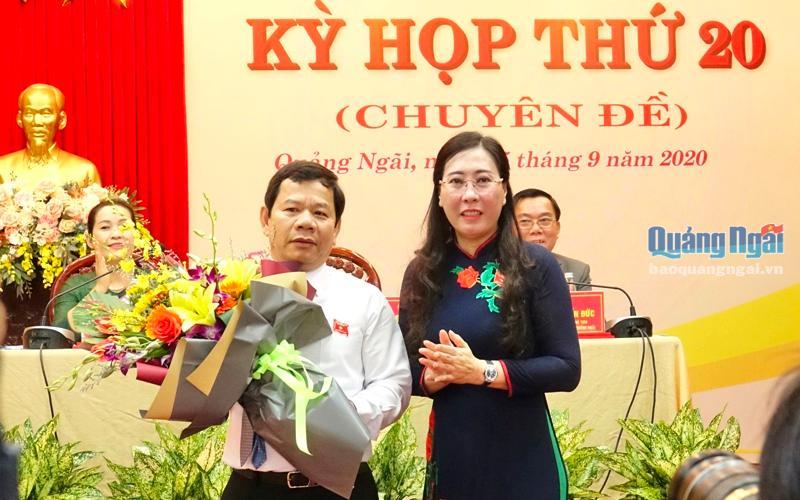Ông Đặng Văn Minh được bầu giữ chức Chủ tịch UBND tỉnh Quảng Ngãi  - Ảnh 1