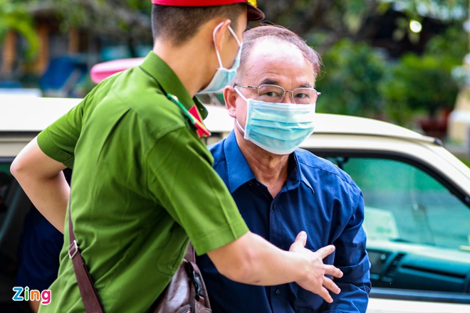 Hình ảnh cựu Phó chủ tịch UBND TP.HCM Nguyễn Thành Tài sau khi bị bắt - Ảnh 6