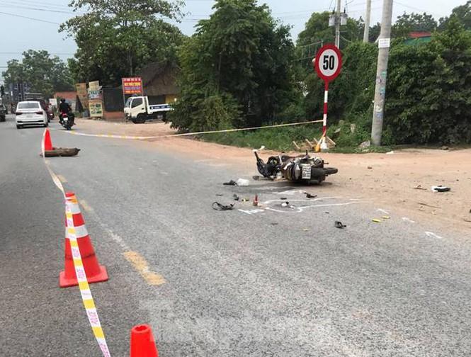 Tin tai nạn giao thông mới nhất ngày 23/9/2020: Xe máy đấu đầu ở Quảng Bình, 2 người chết - Ảnh 2