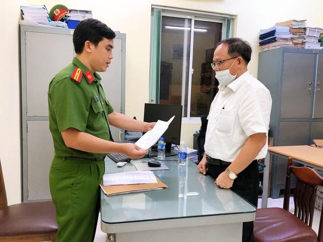 Nguyên Phó Bí thư Thường trực Thành ủy TP.HCM Tất Thành Cang bị đề nghị truy tố - Ảnh 1