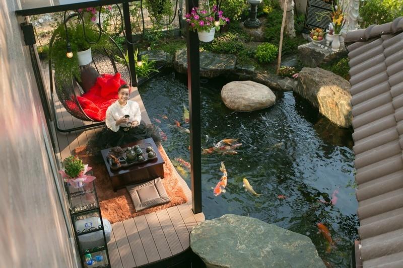 Có gì trong biệt thự sang chảnh 220m2, hồ cá Koi triệu đô của Nhật Kim Anh? - Ảnh 1