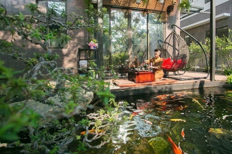 Có gì trong biệt thự sang chảnh 220m2, hồ cá Koi triệu đô của Nhật Kim Anh? - Ảnh 2
