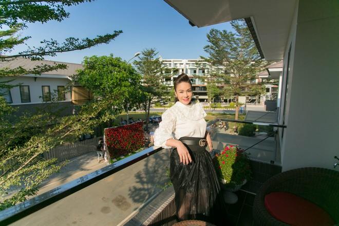 Có gì trong biệt thự sang chảnh 220m2, hồ cá Koi triệu đô của Nhật Kim Anh? - Ảnh 7