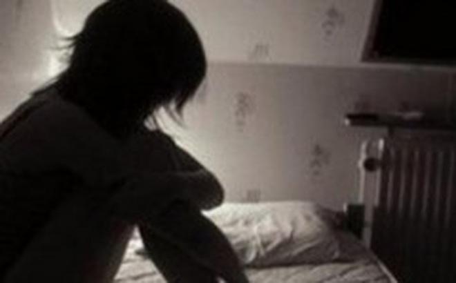 """Vụ thanh niên dẫn bé 13 tuổi bỏ nhà đi hơn 20 ngày: Thuê nhà nghỉ, nhiều lần """"quan hệ"""" - Ảnh 1"""