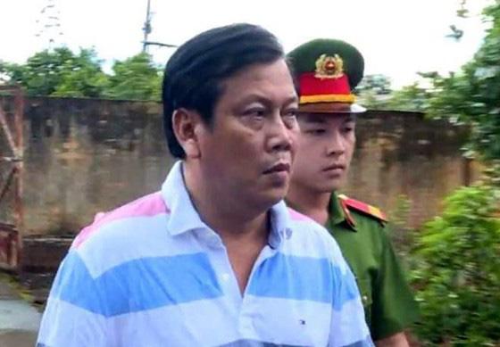 """Vụ """"trùm"""" xăng giả Trịnh Sướng: Hồ sơ vụ án """"mấy chục thùng, phải chở bằng xe tải"""" - Ảnh 1"""