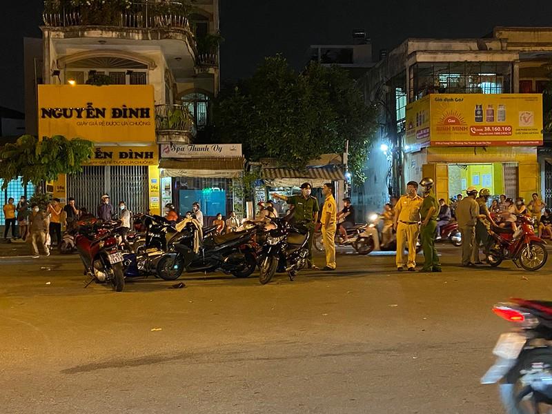 """Nghi vấn tên cướp tử vong sau tai nạn trên đường phố: Nhân chứng tiết lộ """"kinh hoàng"""" - Ảnh 1"""