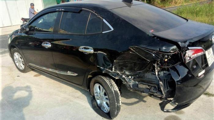 """Tin tai nạn giao thông ngày 1/3/2021: Thanh niên lái xe máy """"húc"""" đuôi ô tô tử vong - Ảnh 1"""