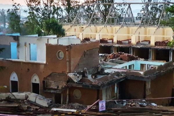 Sập nhà cổ ở Đà Lạt, 2 người chết - Ảnh 1