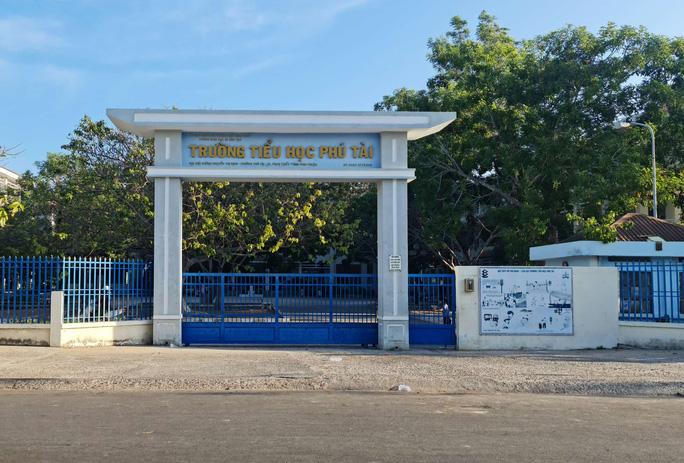 Vụ cô giáo trẻ rơi lầu xuống đất ở Bình Thuận: Đồng nghiệp tiết lộ bất ngờ - Ảnh 1