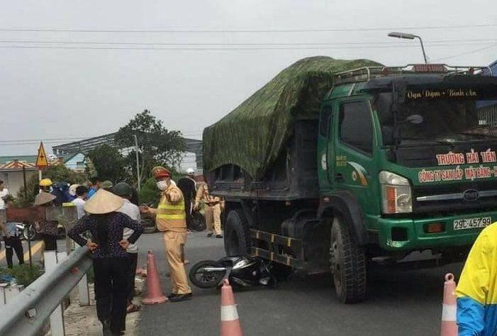 Gặp tai nạn trên đường đi đo kính mắt, nữ sinh Nam Định tử vong, cô giáo nguy kịch - Ảnh 1